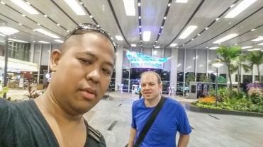 27a49-singapore2bhandy-146